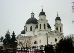 собор святого духа черновцы
